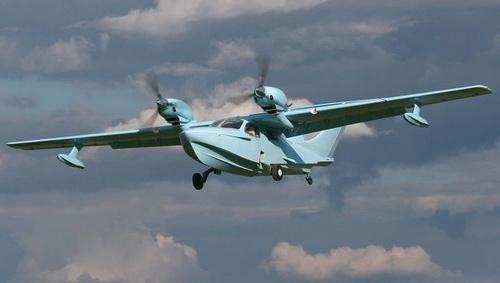 俄罗斯水陆两用飞机坠毁